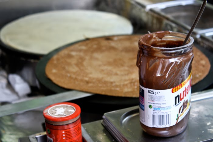 How to make a delicious Nutella crepe